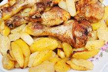 Chicken with Potatoes and Vegetable Sauce