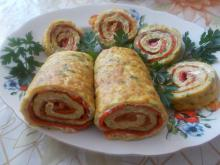 Roll with Zucchini and Red Peppers