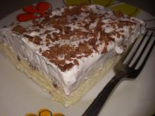 Egg White Cake with Cream