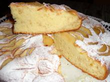 Very Fluffy Cake with Pears