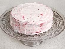 Strawberry Cake without Baking