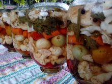 Mixed Pickle in Three Liter Jar