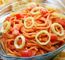 Spaghetti with Peppers and Ham