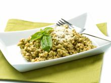 Bulgur with Spinach and Walnuts