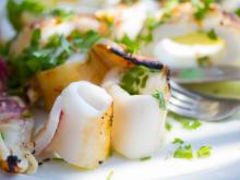 Greek-Style Calamari with Lemon and Garlic