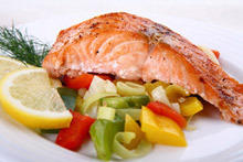 Aromatic Salmon with Vegetables