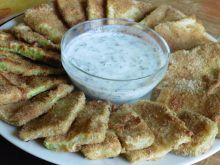 Breaded Zucchini with Yoghurt Sauce