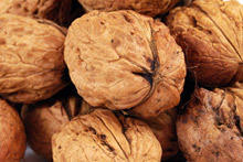 Walnuts Protect Women from Diabetes