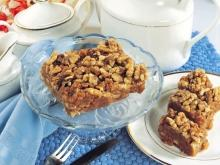 Biscuit Cake with Turkish Delight and Walnuts