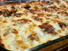 Baked Meatballs with Mashed Potatoes and Cheese