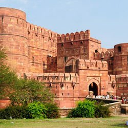 Lake Nyasa - Agra Fort