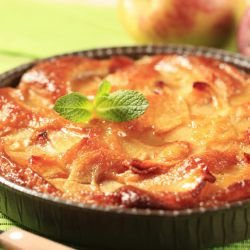 Easy and Economical Cake with Apples