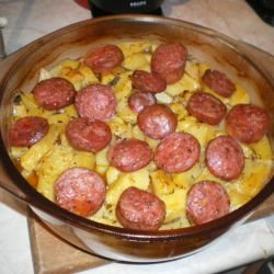 Aromatic Potatoes with Sausages
