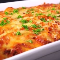 Macaroni Lasagna with Minced Meat and Cream
