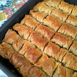 Baklava with Chocolate and Walnuts