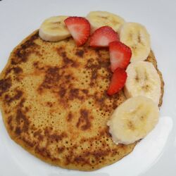 Oatmeal Pancakes with Banana and Protein