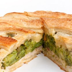 Pie with Leeks, Olives and Mushrooms