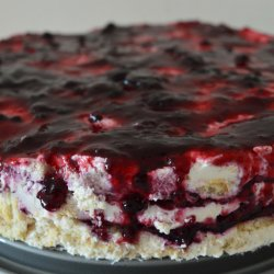 Mascarpone and Biscuit Cake with Blueberry Jam