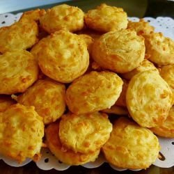 Fluffy Cheese Buns