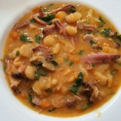Bean Soup with Smoked Meat