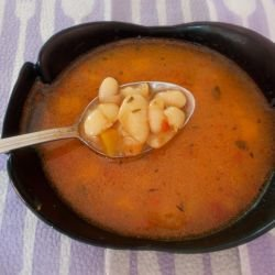 Bean Soup with Tomato Paste
