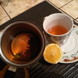 Bay Leaf Tea for Cleansing the Lungs