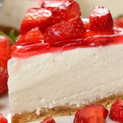 Strawberry Cheesecake with Sour Cream