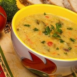 Chicken Soup with Thickening Agent