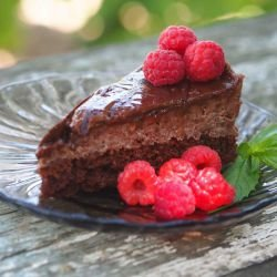 Melt-in-your-Mouth Chocolate Cake