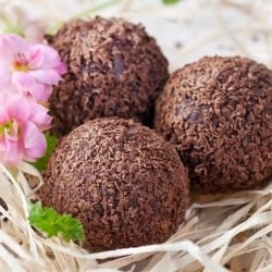 Chocolate Truffles with Almonds