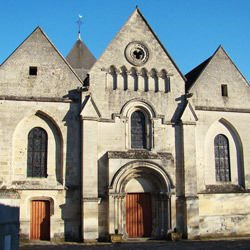 Churches, Cathedrals and Temples - Coucy Castle - Chateau de Coucy