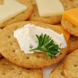 Crackers with Cheese and Ginger