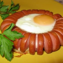 Vienna Sausage and Egg Flower