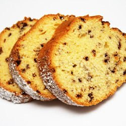 Banana Cake with Raisins