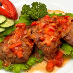 Beef with Red Tomatoes