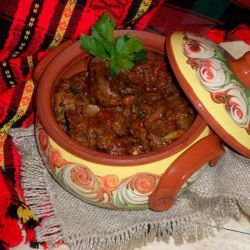 Village-Style Chicken Livers in a Clay Pot