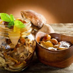 Marinated Mushrooms with Vinegar