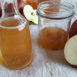 Homemade Apple Cider Vinger Without Preservatives