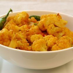 Spicy Cauliflower and Chili Salad