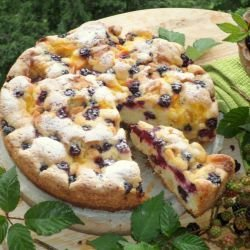 Blackberry Cake with Mango and White Chocolate