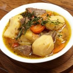 Potato Stew with Beef