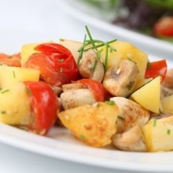 Quick Potatoes with Mushrooms and Peppers
