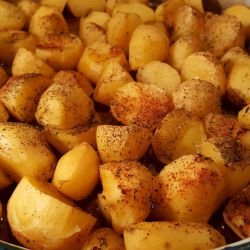 Potatoes with Paprika in the Oven