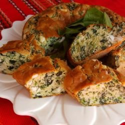 Cake with Spinach and Cream