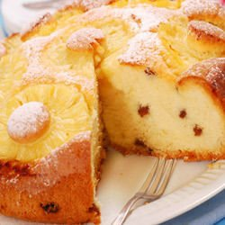 Cake with Pineapple