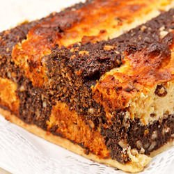 Chess Sponge Cake with Walnuts