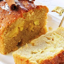 Cake with Honey and Apples