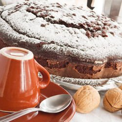 Walnut Cake with Marmalade