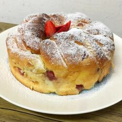 Fluffy Easter Bread with Strawberries