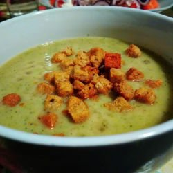 Cream Soup with Broccoli and Potatoes